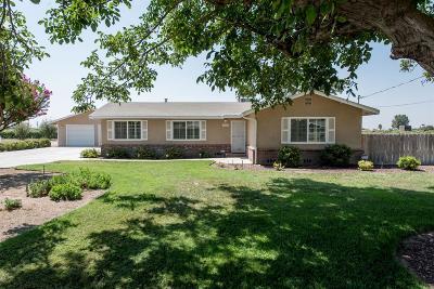 Fresno Single Family Home For Sale: 373 W Clayton Avenue