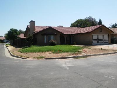 Fresno CA Single Family Home For Sale: $245,000