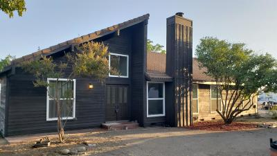 Clovis Single Family Home For Sale: 13059 Violet Lane