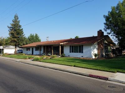 Kerman Single Family Home For Sale: 15120 W Kearney Boulevard
