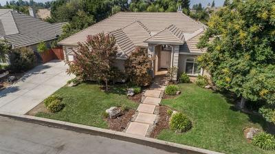 Fresno Single Family Home For Sale: 10647 N Oak Hill Circle