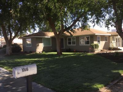 Reedley Single Family Home For Sale: 1006 N Kady Avenue