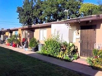 Clovis, Fresno, Sanger Multi Family Home For Sale: 42 E Dakota Avenue