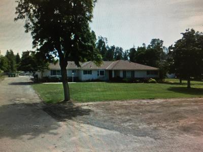 Single Family Home For Sale: 7833 E Saginaw Way