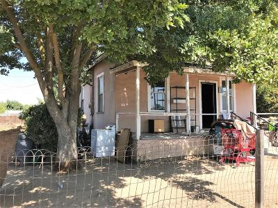 Madera Single Family Home For Sale: 629 S A Street
