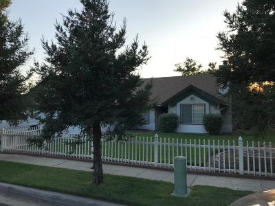 Single Family Home For Sale: 316 S Caesar Avenue