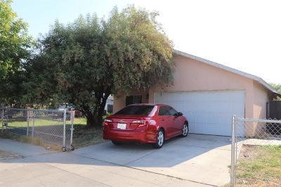 Single Family Home For Sale: 2379 S Backer Avenue