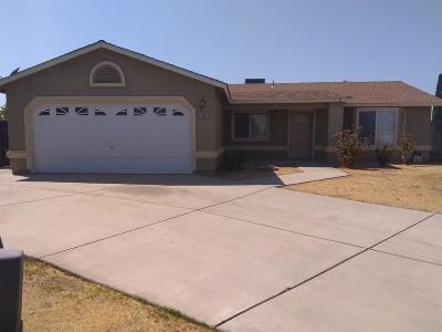 Madera Single Family Home For Sale: 1104 Kathryn Way