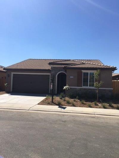 Clovis Single Family Home For Sale: 3588 Cordova Avenue