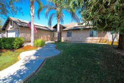 Dinuba Single Family Home For Sale: 700 Cherie Ann Avenue