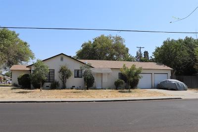 Single Family Home For Sale: 4002 Arden Dr N