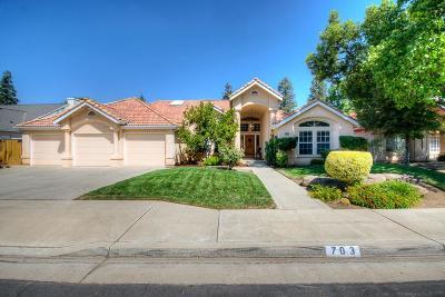 Clovis Single Family Home For Sale: 703 Cromwell Avenue
