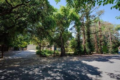 Single Family Home For Sale: 310 E Sussex Way
