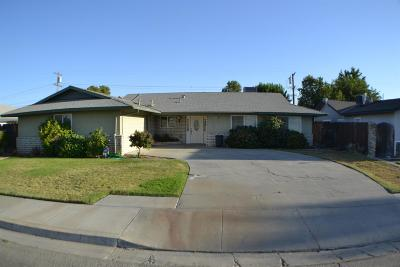 Coalinga Single Family Home For Sale: 375 Cambridge Avenue