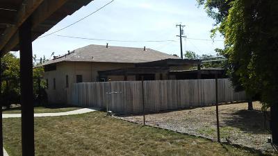 Clovis, Fresno, Sanger Multi Family Home For Sale: 423 W Olive Avenue