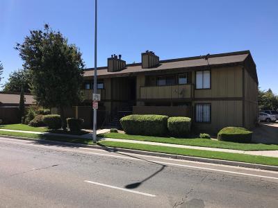 Fresno Condo/Townhouse For Sale: 1221 N Peach Avenue #163