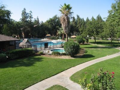 Fresno Condo/Townhouse For Sale: 1190 S Winery Avenue #272