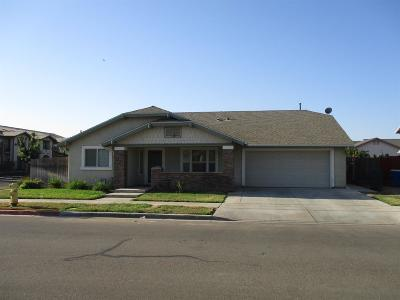 Reedley Single Family Home For Sale: 1984 E Lincoln Avenue