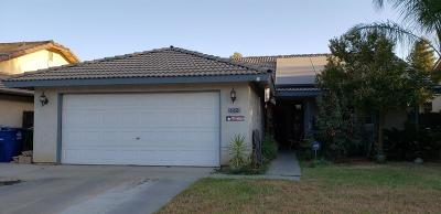 kingsburg Single Family Home For Sale: 142 Sunset Street