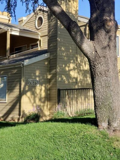 Fresno Condo/Townhouse For Sale: 7675 N 1st Street #240
