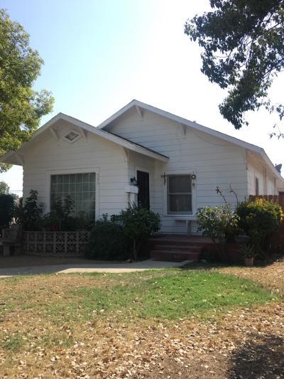 Dinuba Single Family Home For Sale: 389 S L Street #101/102 Street