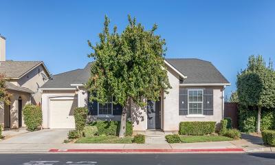 Clovis Single Family Home For Sale: 1611 N Monaco Lane