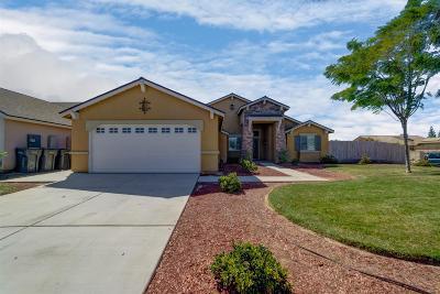 Kerman Single Family Home For Sale: 15681 W San Joaquin Avenue