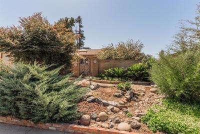 Clovis Single Family Home For Sale: 286 W Richert Avenue