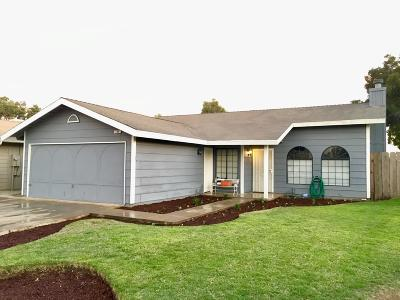 kingsburg Single Family Home For Sale: 200 Sunset Street