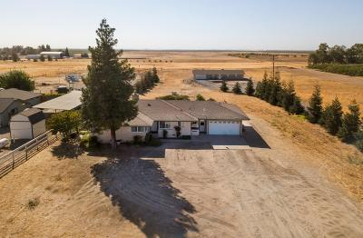 Madera Single Family Home For Sale: 13660 Road 35
