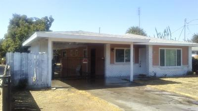 Madera Single Family Home For Sale: 128 Santa Bonita Street