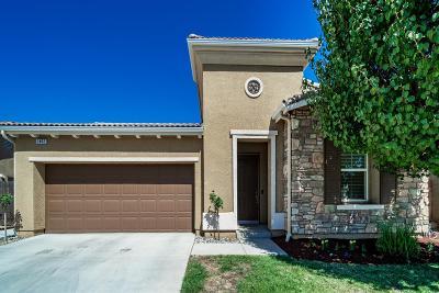 Fresno Single Family Home For Sale: 2402 E Oakmont Avenue