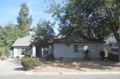 Fresno County Single Family Home For Sale: 4674 W Sussex Way