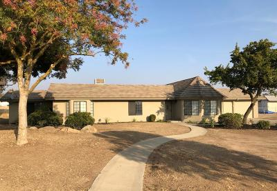 Madera Single Family Home For Sale: 17137 Anaconda Road