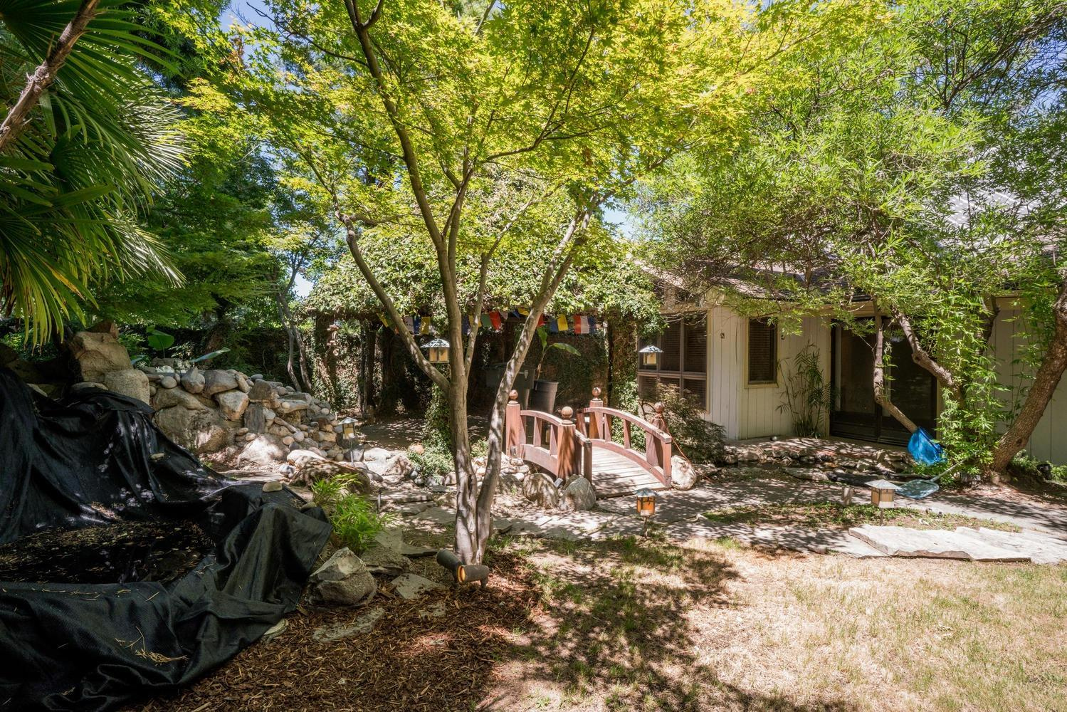 7409 N 6th Street, Fresno, CA.| MLS# 511050 | Specializes in Homes ...
