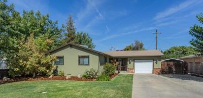 Selma CA Single Family Home For Sale: $243,000