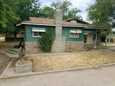 Sanger Single Family Home For Sale: 699 S Quality Avenue