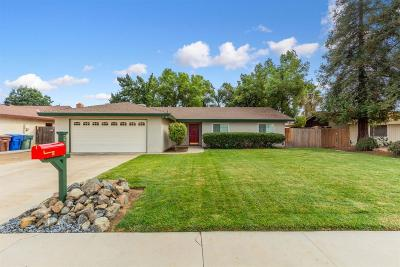 Sanger Single Family Home For Sale: 2307 Cherry Avenue
