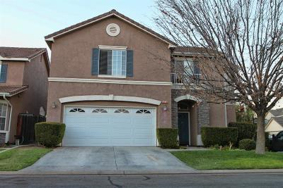 Sanger Single Family Home For Sale: 2530 Santa Maria Avenue