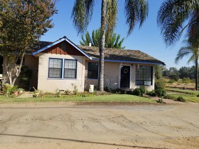 Reedley Single Family Home For Sale: 6717 S Frankwood Avenue