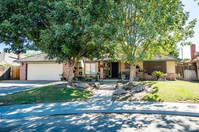 Hanford Single Family Home For Sale: 2473 Stratford Way