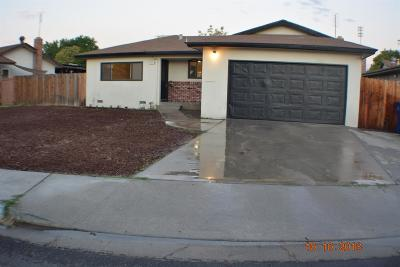 Clovis Single Family Home For Sale: 2931 Paula Drive