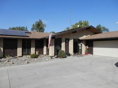 Kingsburg Single Family Home For Sale: 3176 Finley Drive