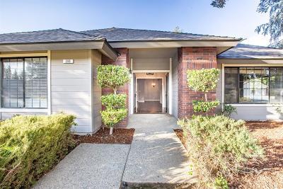 Fresno Single Family Home For Sale: 390 E Finch Court