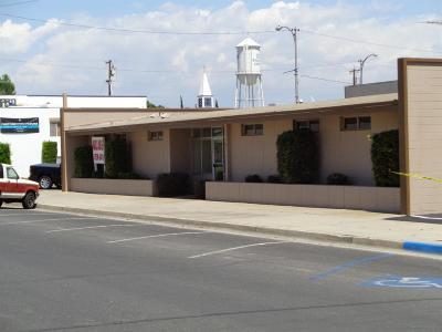 Dinuba Commercial For Sale: 166 E Fresno Street