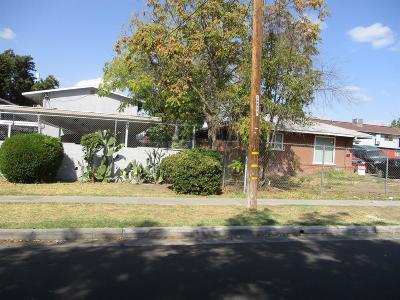Single Family Home For Sale: 1817 E Saginaw Way