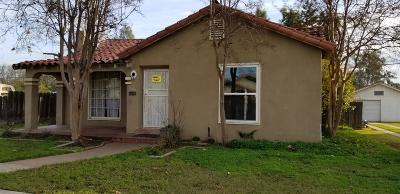 Single Family Home For Sale: 1002 E Michigan Avenue