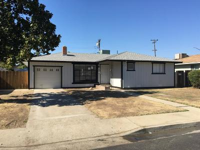 Clovis Single Family Home For Sale: 816 Cherry Lane