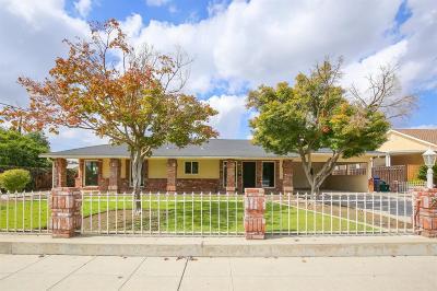 Clovis Single Family Home For Sale: 24 N Lind Avenue