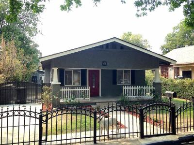 Single Family Home For Sale: 675 N College Avenue